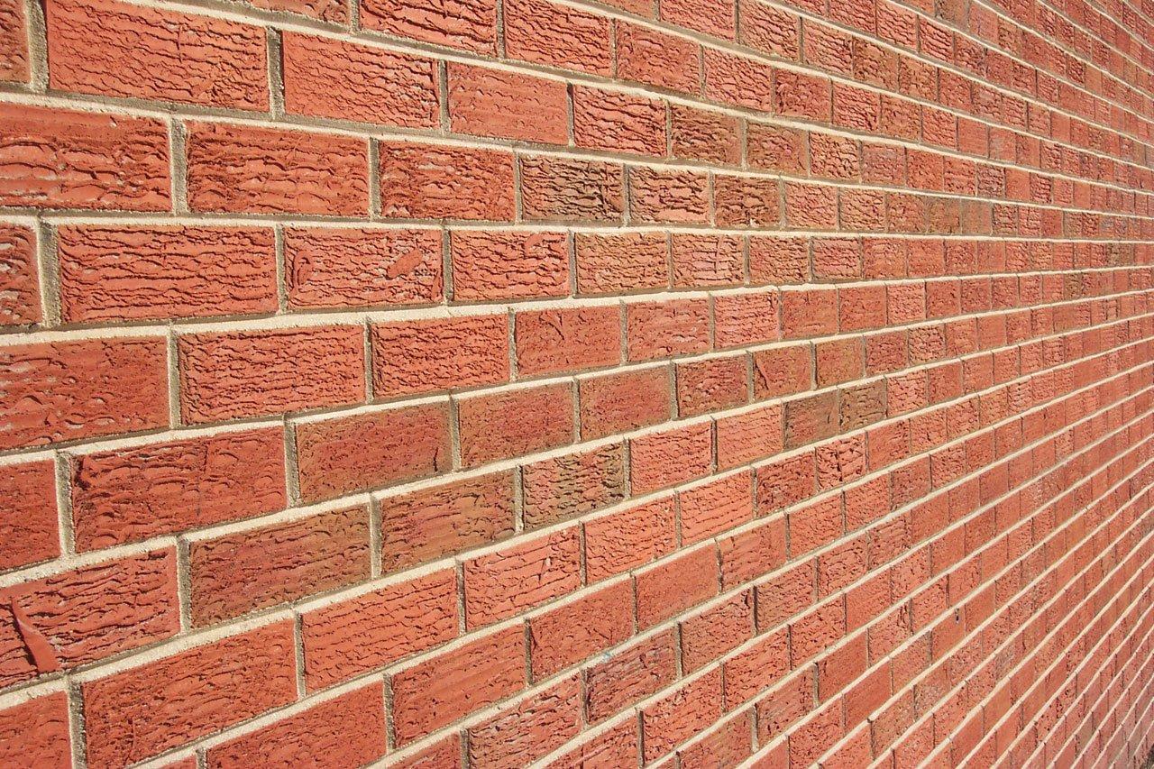 angled brick wall (3)