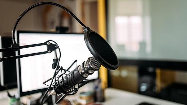 Podcasting Trends, Opportunities and Best Practices